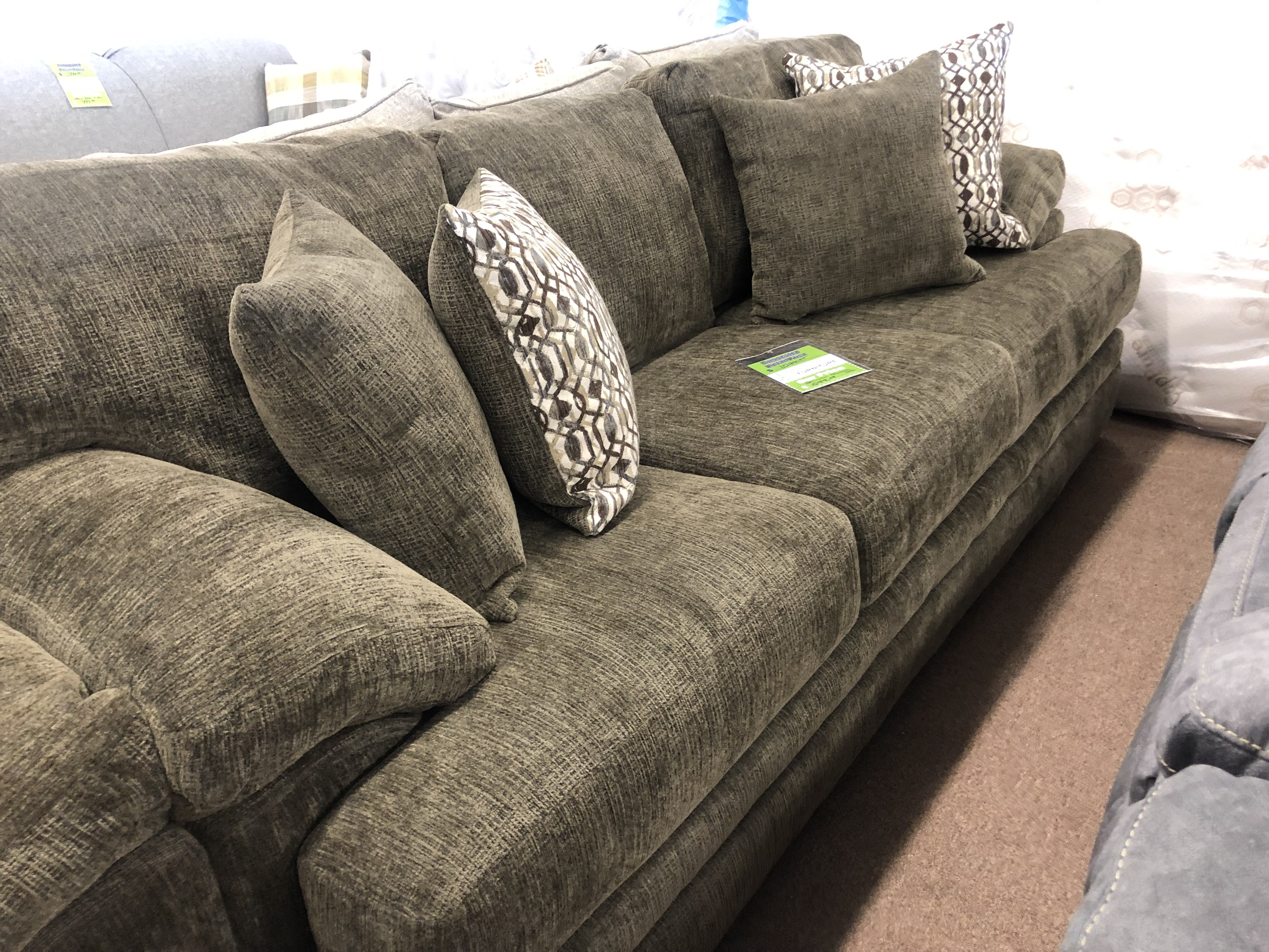 Beaverton Choc. Sofa/Loveseat